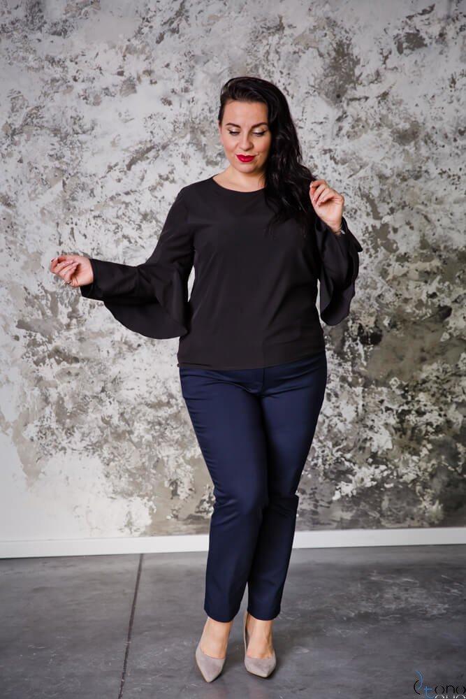 Czarna Bluzka SHILA Plus Size