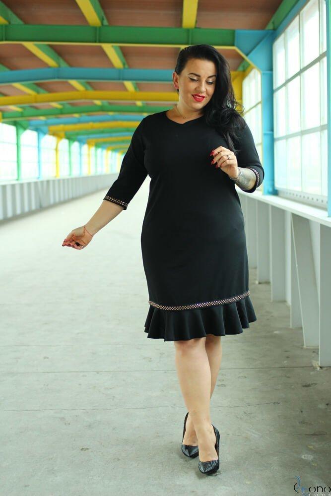 Czarna Sukienka HELLEN Plus Size