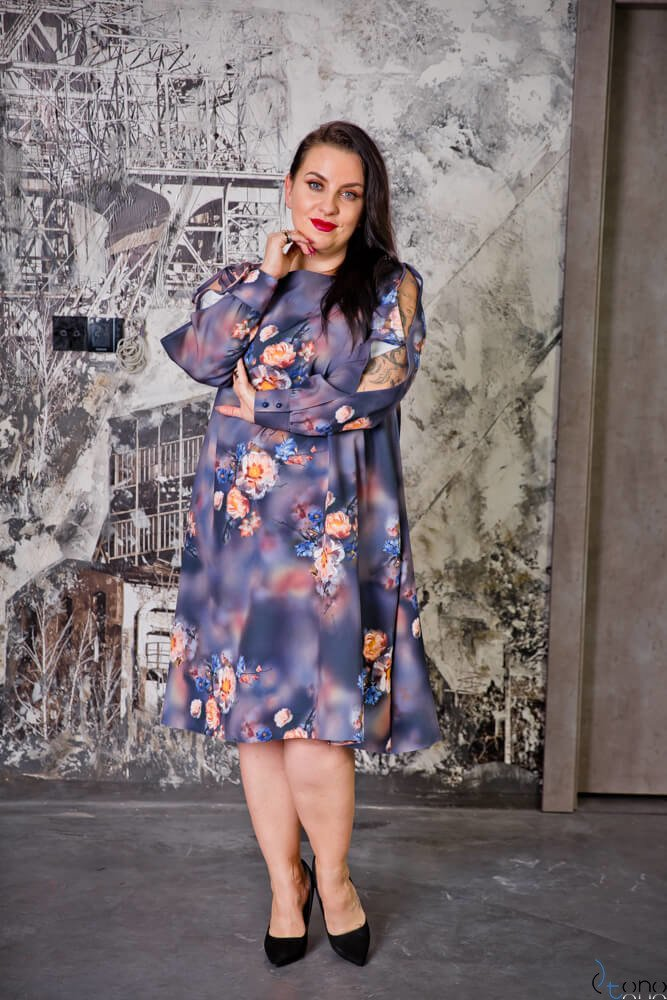 Fioletowa Sukienka LABEL Plus Size