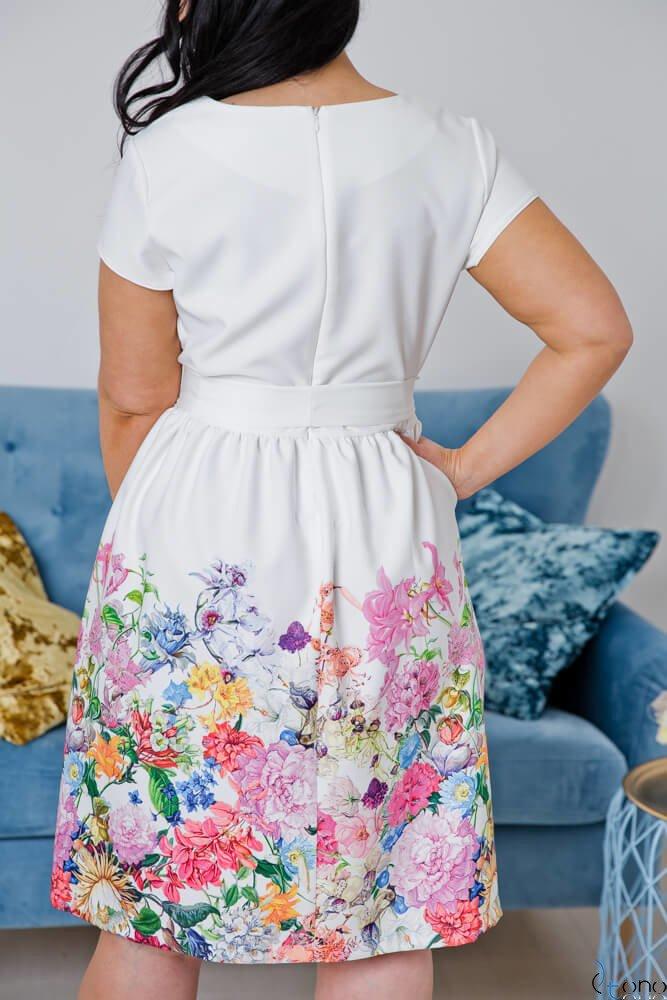 Sukienka ARRIVA Plus Size Wzór 2