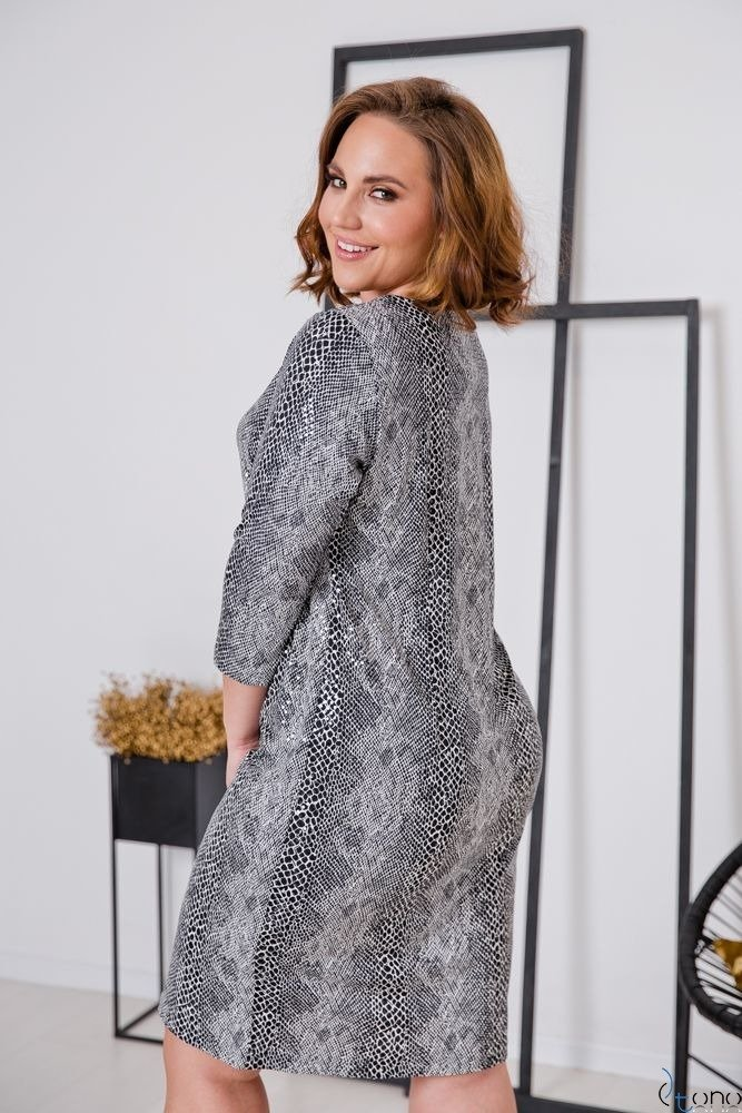 Sukienka KAMARIA Plus Size Wzór 1