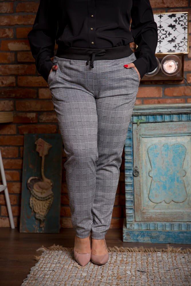 Szare Spodnie SETRA Plus Size Kratka