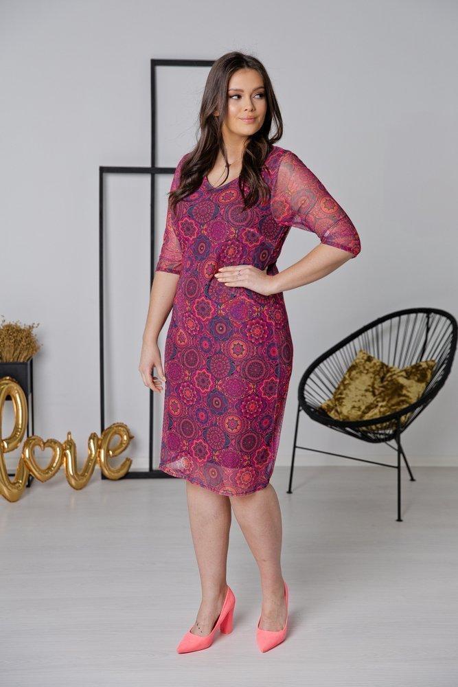 Amarantowa Sukienka DORMA Plus Size Wzór 2