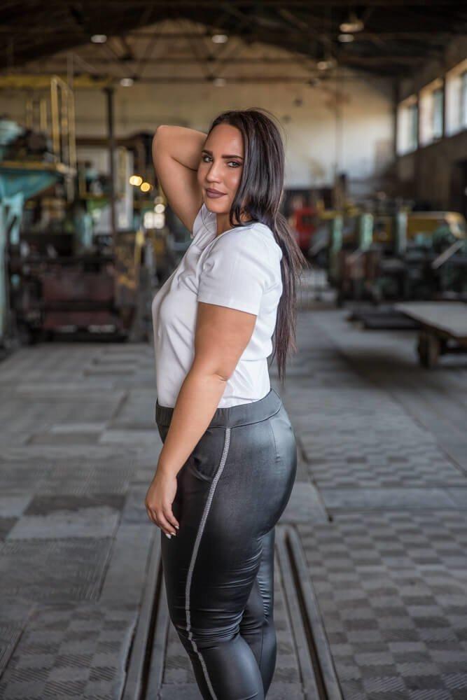 Biała Bluzka damska DETRRA T-Shirt Plus Size