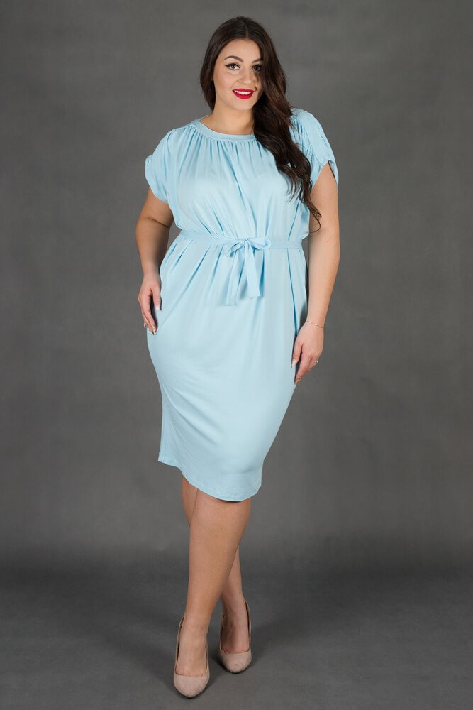 Błękitna Sukienka SEMPRE Plus Size Drapowana