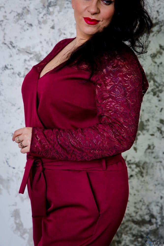 Bordowy Kombinezon FOSTER Plus Size