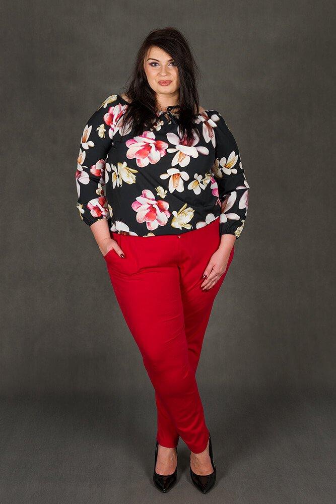 Czarna bluzka damska JARDIN Kwiaty Plus Size