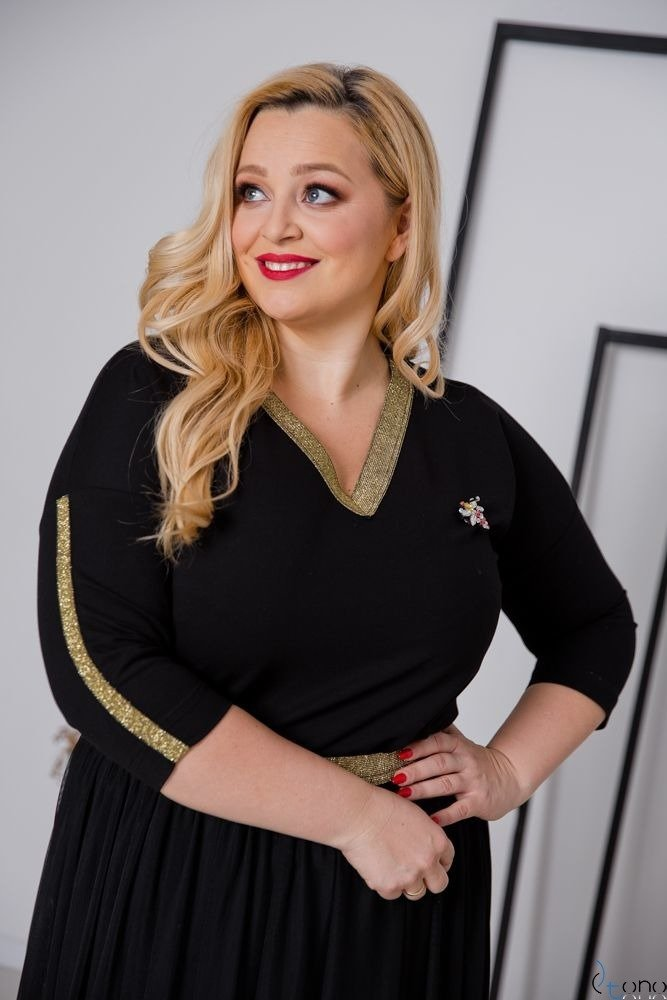 Czarno-Złota Bluzka WIKI Plus Size
