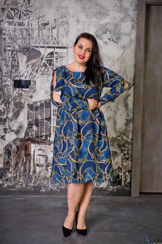 Granatowa Sukienka LABEL Plus Size