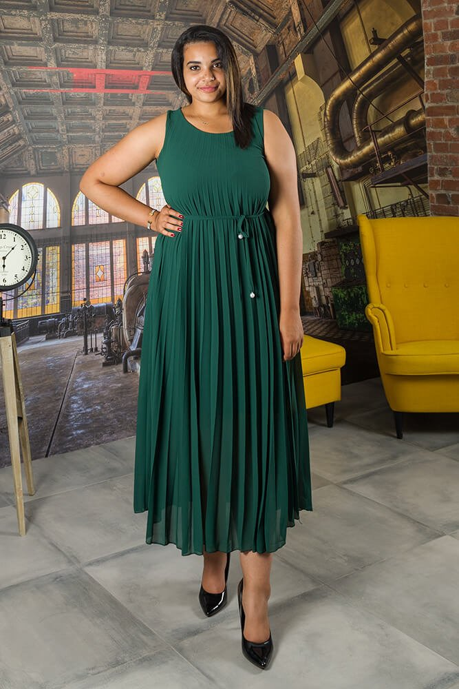 Zielona Sukienka GODAN Plisowana Plus Size
